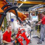 Sản xuất linh hoạt với robot